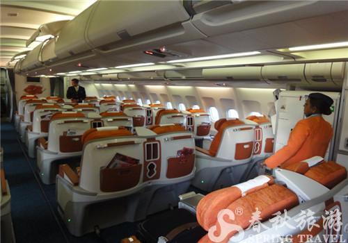经济舱座位排布为2-4-2