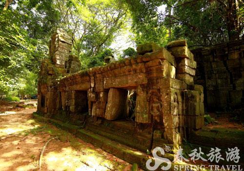 吴哥窟 高峰/是高棉古典建筑艺术的高峰,它结合了高棉寺庙建筑学的两个基本...
